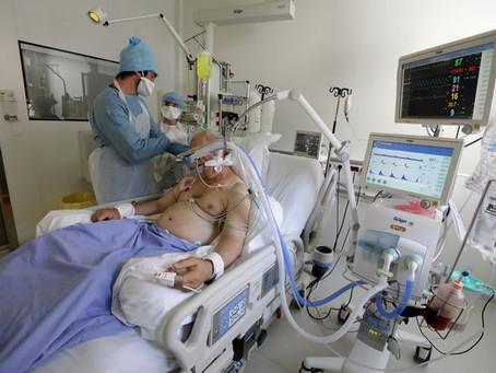 프랑스 하루 확진 4만명, 중환자실 63%가 코로나 환자