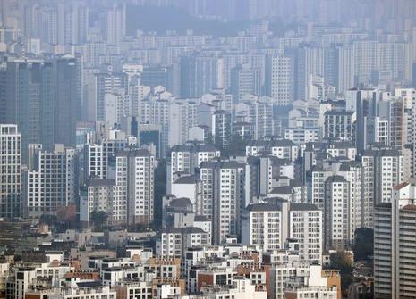 공시가격 상승 나비효과…건보료 늘고, 기초연금?장학금 탈락