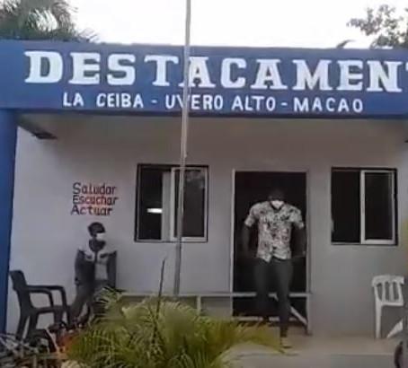 Apresan 2 hombres intentaban robar en villa de La Ceiba del Salado