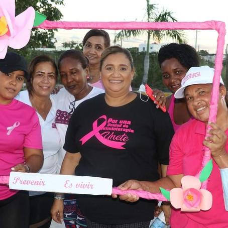 Verón-Punta Cana concientiza sobre cáncer de mama a ritmo de zumba