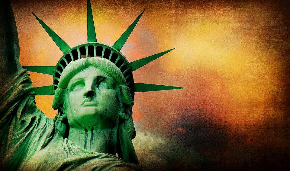 Trump Train 2020 Statue of Liberty.jpg