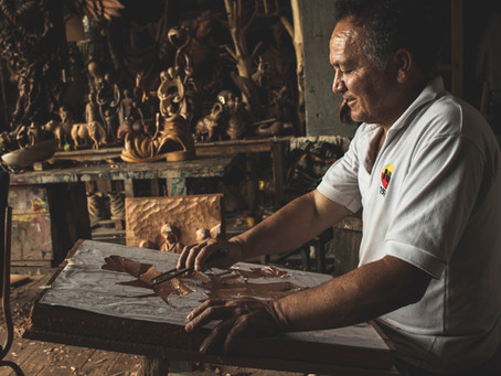 Wood Carving at it's best. Craftsmanship which is on the brink of extinction.