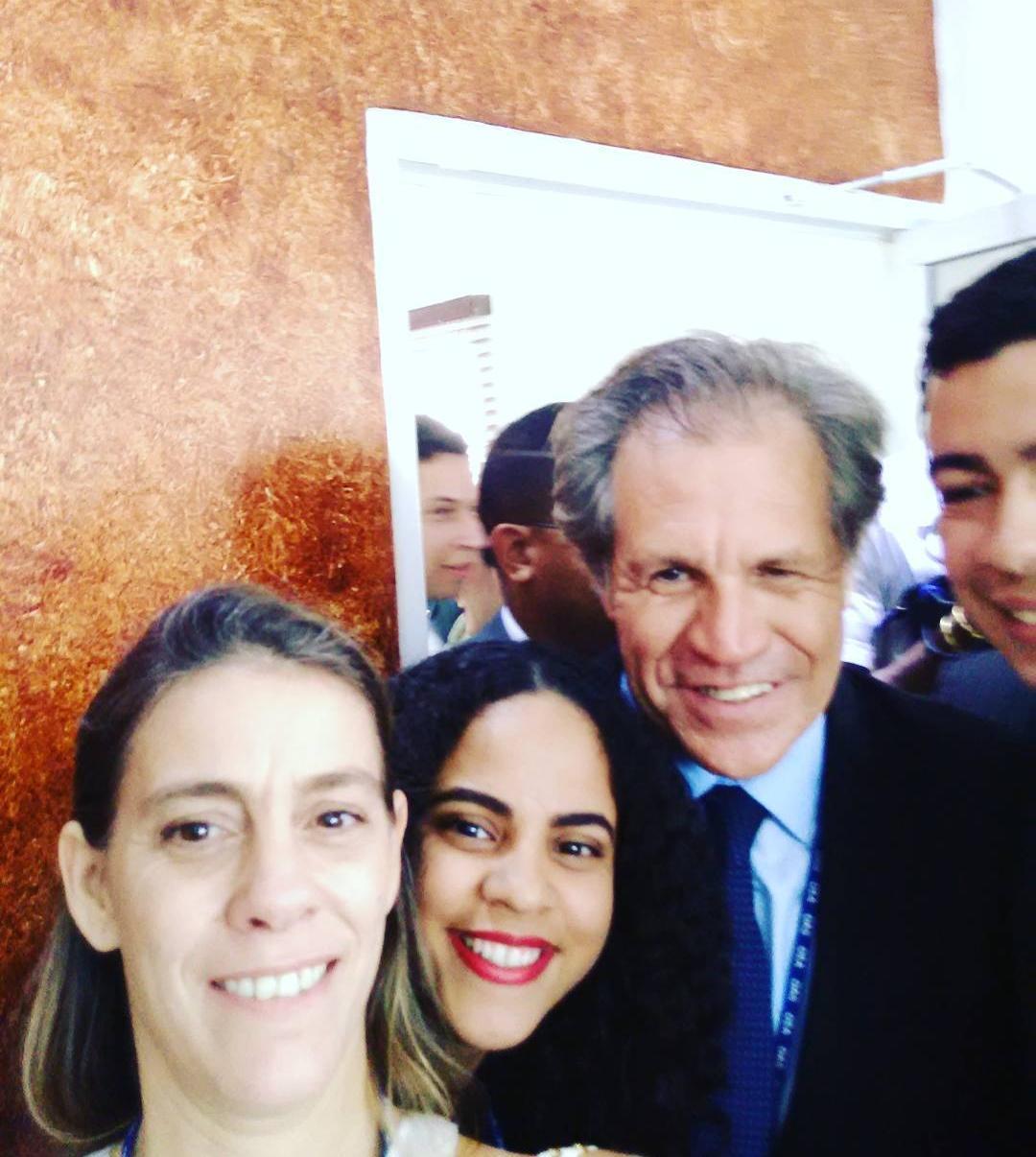 Diálogo de la juventud con Luis Almagro