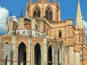 Jalisco州の高地、Los Altos地方のArandasは小さな田舎町で、レアテキーラとグルメの宝庫!