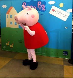 Peppa_Pig_Mascot_Lysa