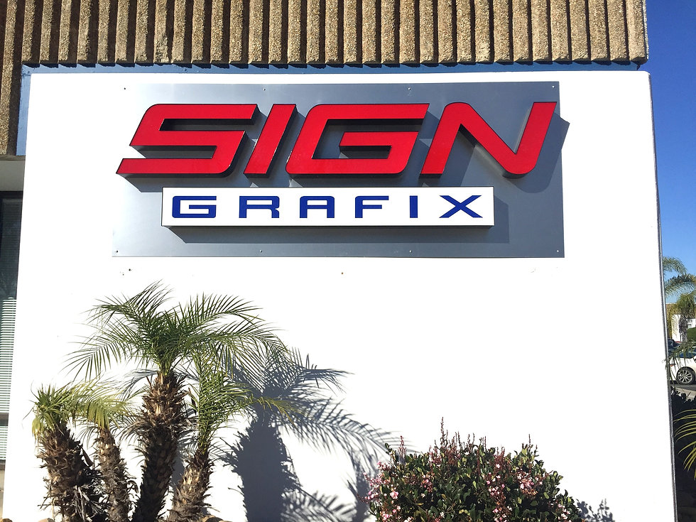 sign%20grafix%20storefront_edited.jpg