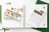 color-joy-stock-female-entrepreneur-finance6.jpg