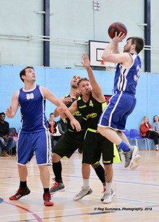 Stealers Red vs. MK Knights pic by Reg Summers Photography