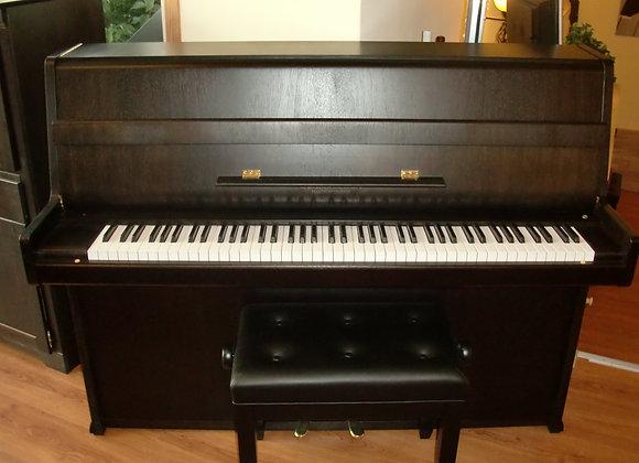 Klavier Schiedmayer, Modell 112, Nußbaum dunkel satiniert