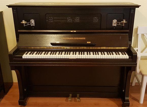 Klavier Grotrian-Steinweg, Modell 128, Eiche braun satiniert