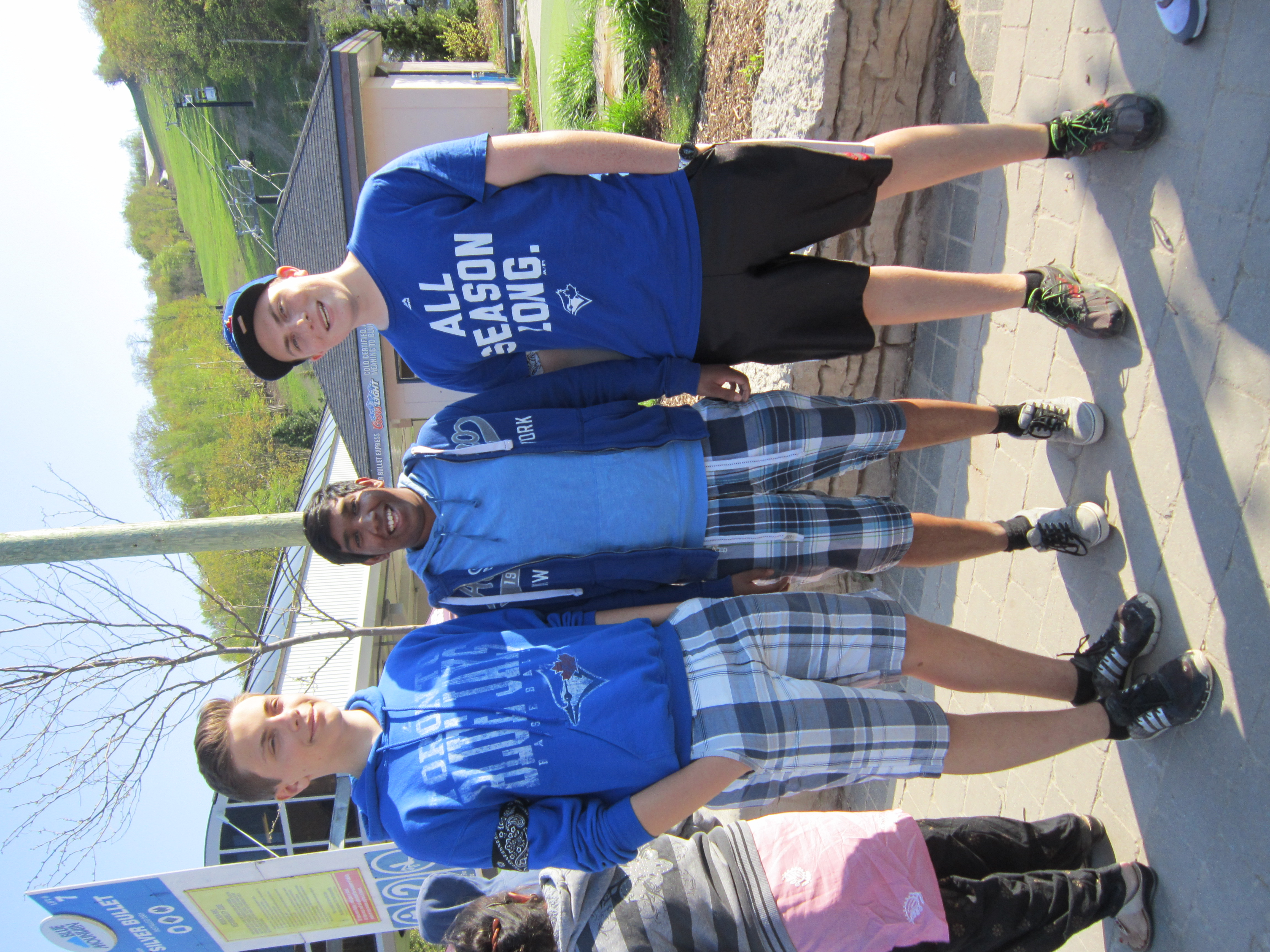 Blue Mountain.Gilmores & Nilam.May 22 16.JPG