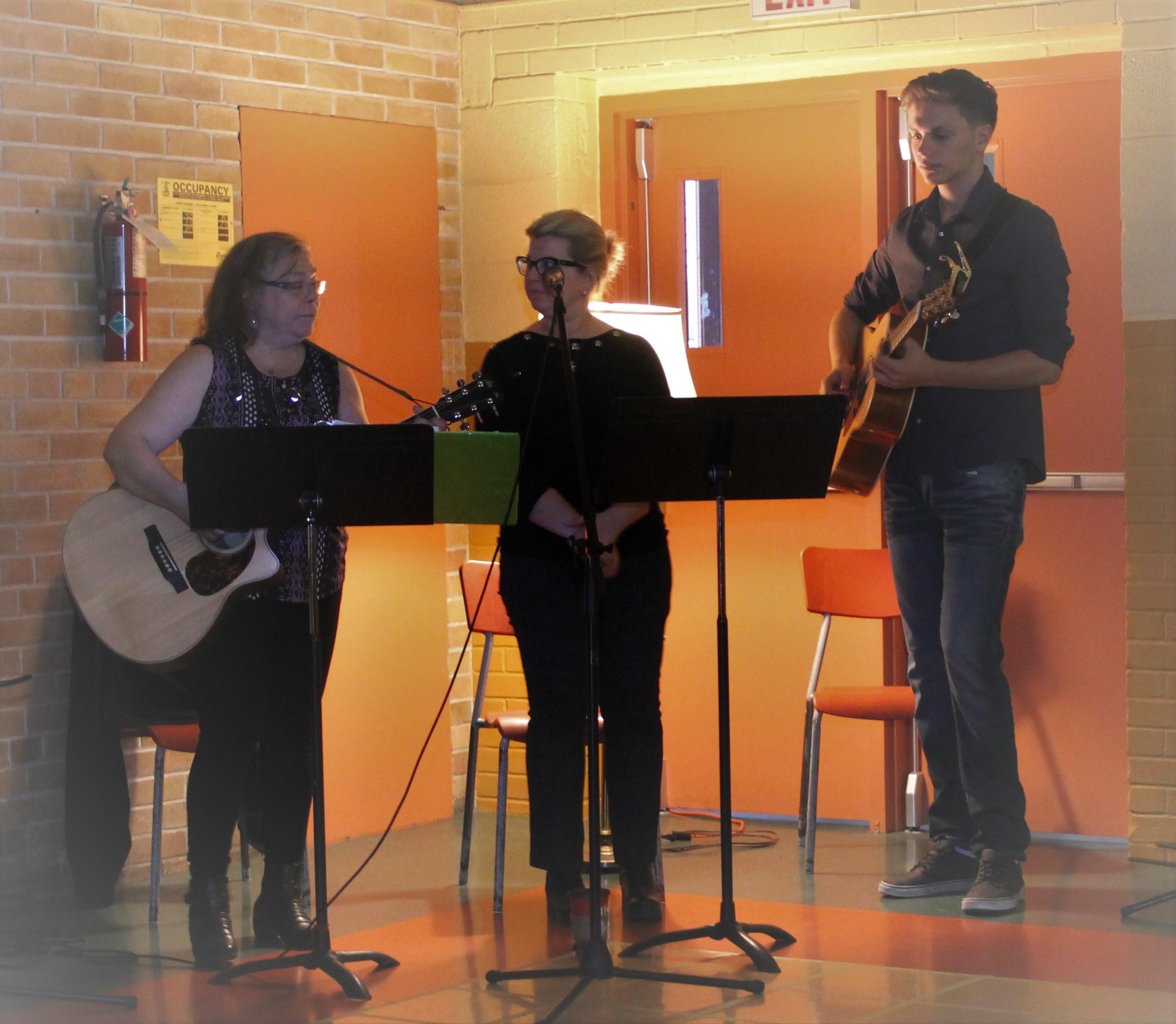Good Friday Family.Musicians.Apr 19 19