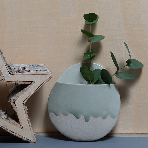 CERAMIC HANGING DRIPPY PLANTER (ROLLING MIST)