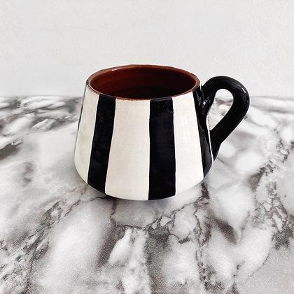 angled mug - vertical stripe