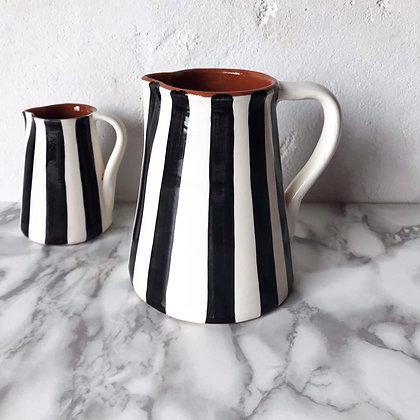bold stripe jug