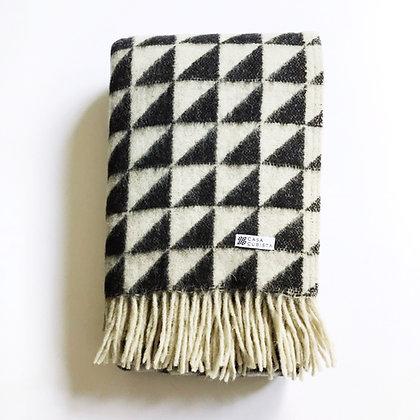 triangle wool blanket
