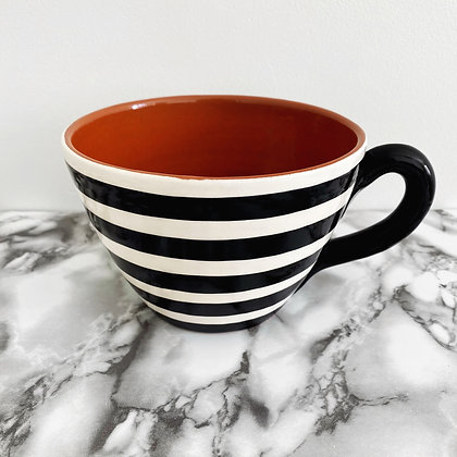 large rounded mug - horizontal stripe