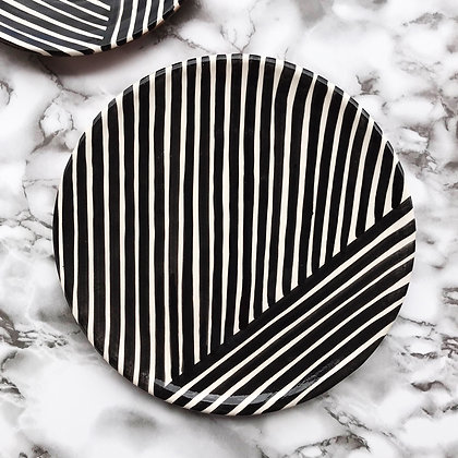 criss-cross plates