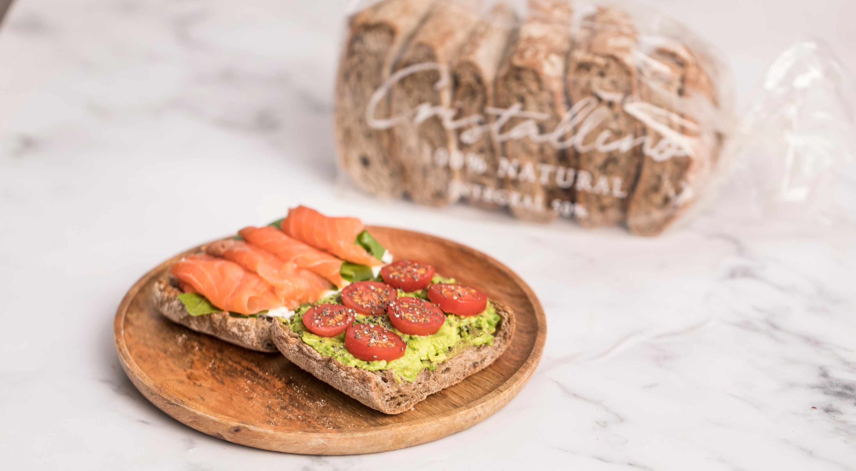 pan tomate salmón