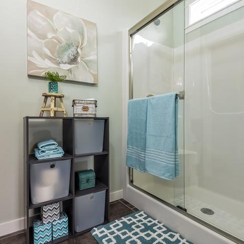 029-Master_Bathroom-3113084-medium.jpg