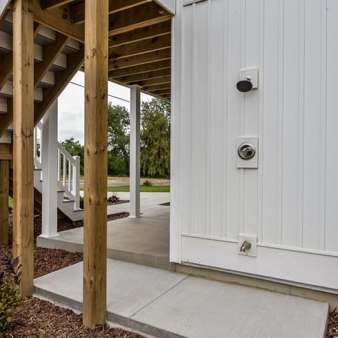 045-Covered_Porch-3113099-medium.jpg