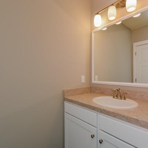 048-Bathroom-1511785-medium.jpg