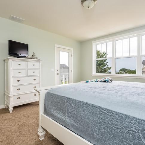 023-Master_Bedroom-3113114-medium.jpg