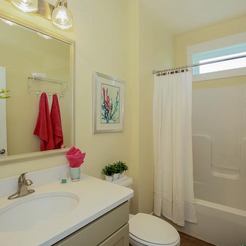028-Bathroom-1980824-large.jpg