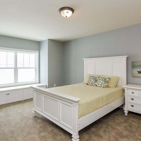 009-Master_Bedroom-1405124-medium.jpg