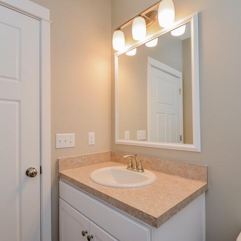 031-Bathroom-1511765-medium.jpg