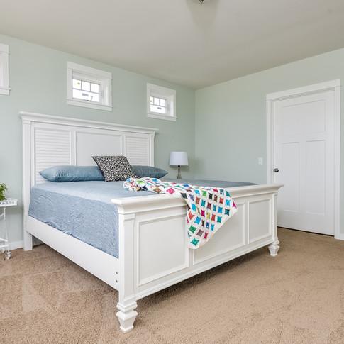 022-Master_Bedroom-3113110-medium.jpg