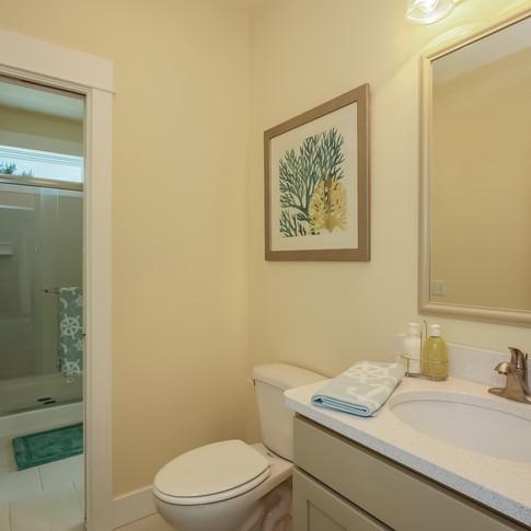 018-Bathroom-1980809-large.jpg