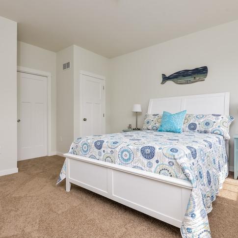 020-Master_Bedroom-3113088-medium.jpg