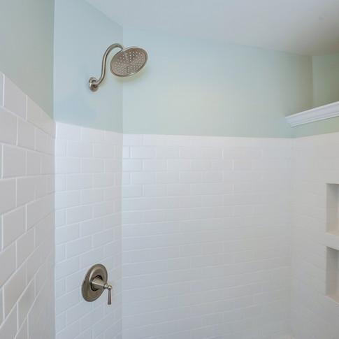 028-Master_Bathroom-3135855-medium.jpg