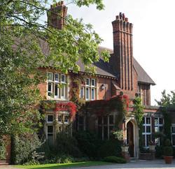 Pontlands Park Hotel Entrance