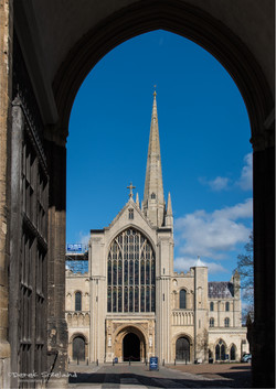 Norwich Cathedral 7.jpg