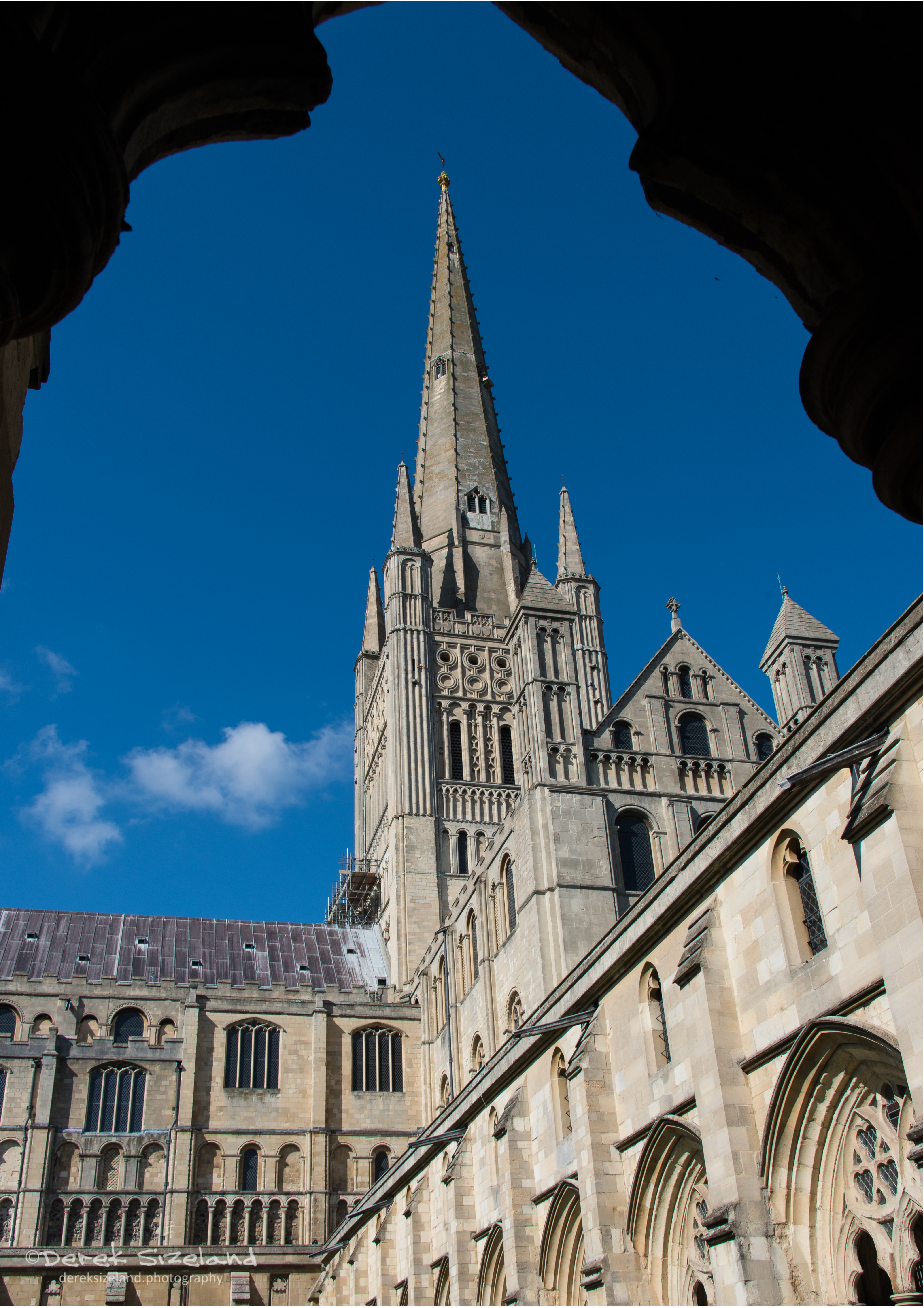 Norwich Cathedral 5.jpg