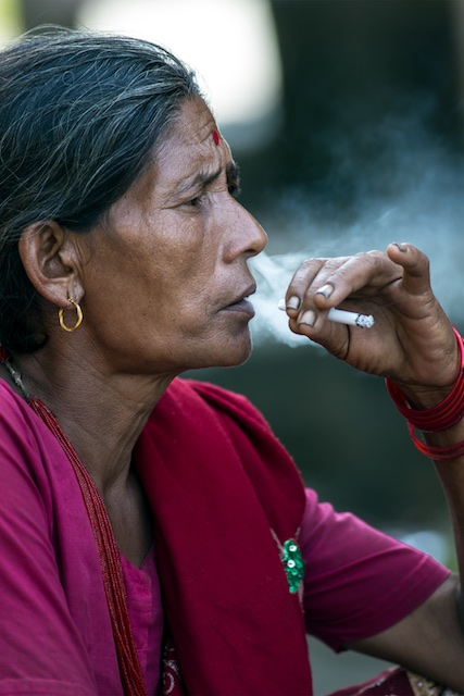 The smoking Lady