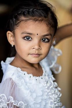 L'enfant à la crinoline - Nepal