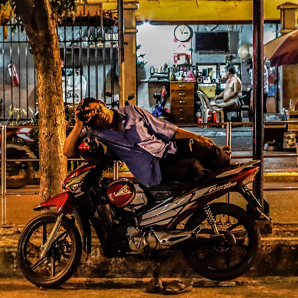 Night life in HCMC