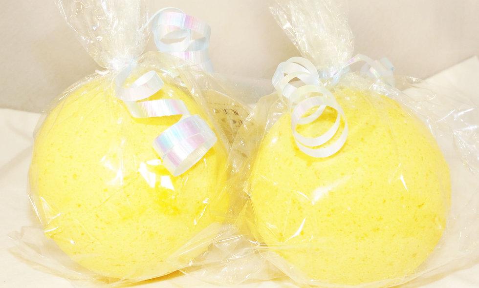 Lemon Lollipop Bath Bomb