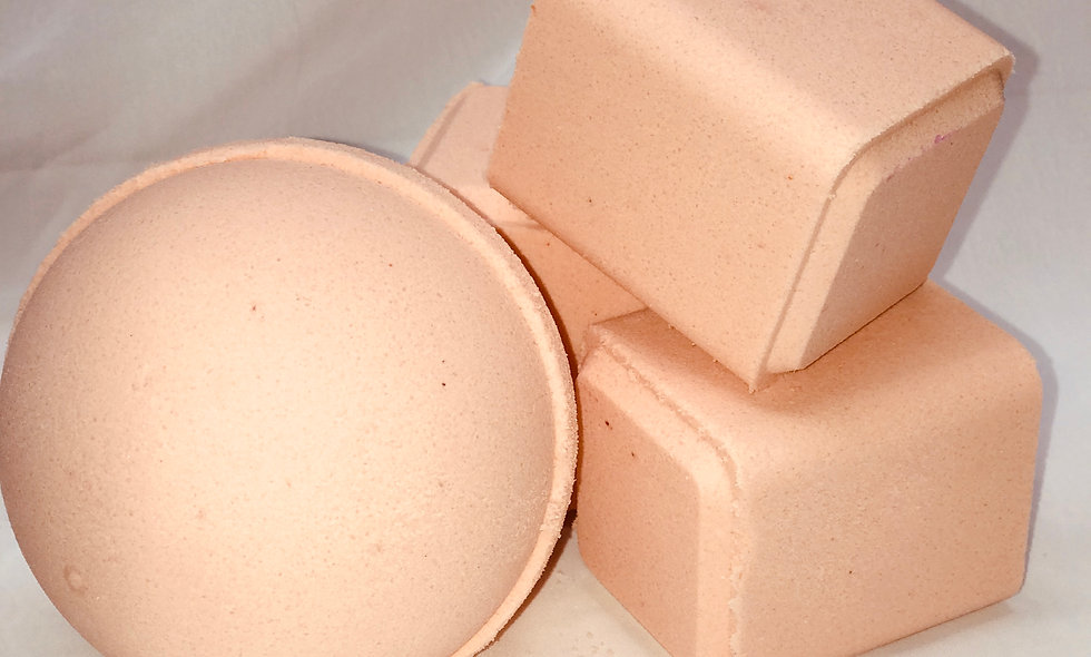 Fuzzy Peach Bath Bomb