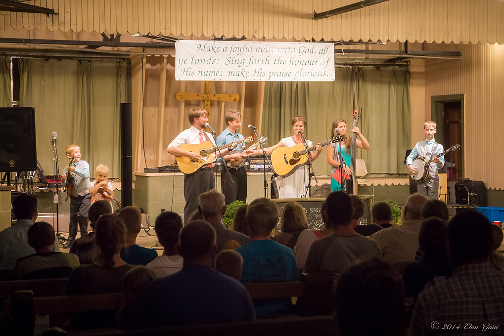 The Lindsey Family- Featured band