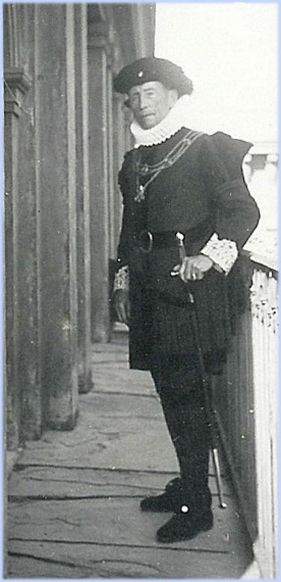 1939_06_XavieMaistreCamerierRome.jpg