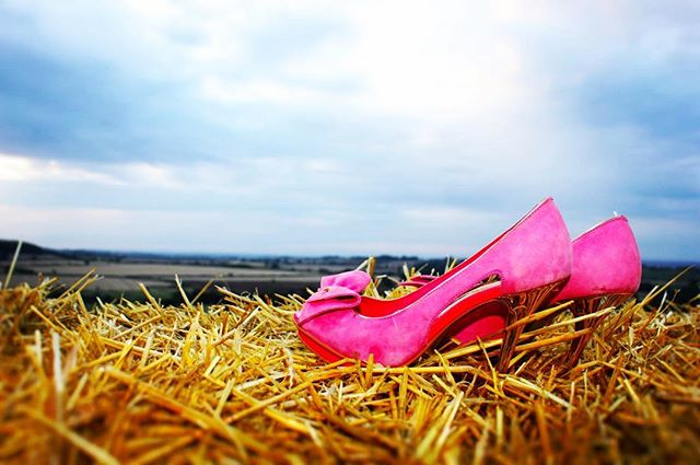 This picture sums it up .. glamour in a field coupled with the freedom to get your shoes off and get