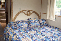 Bedroom with a veiw