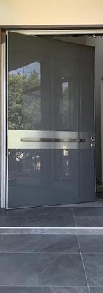 pivot-glass.8.jpg