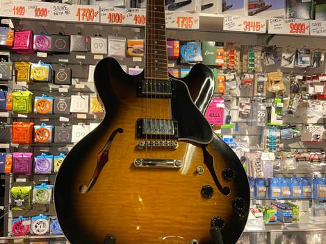 Elgitarr Gibson ES-335 22999:- Såld!