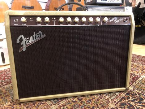 Fender Super-Sonic 22 Blonde 8999:- SÅLD!