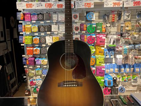 Gibson J45 western gitarr 18.999:-